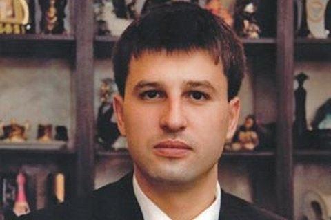 Задержанным на крупной взятке прокурорам назначили залог