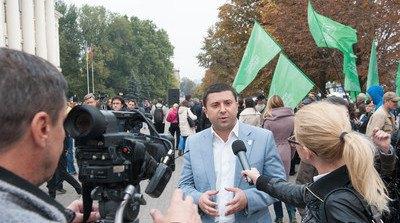 У Запоріжжі політики пересварилися за право очолити мітинг