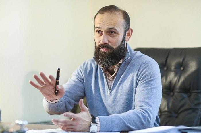 Суддя Артур Ємельянов