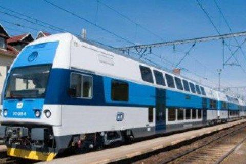 """""""Укрзализныця"""" собирается разогнать поезда до 180-200 км/час"""