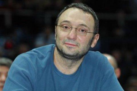 Підозрюваний в ухиленні від сплати податків російський сенатор Керімов повернувся в Москву