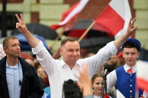 Вибори в Польщі: двопартійна система знову перемагає