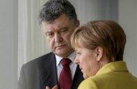 Порошенко поговорил с Меркель про обстрелы на Донбассе
