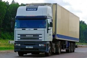 Автобусы и грузовики оборудуют ограничителями скорости