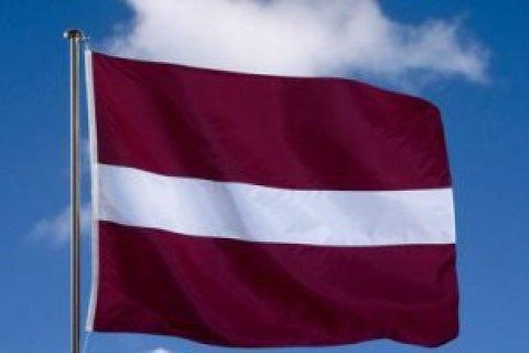 Біля кордонів Латвії помітили російські військові кораблі