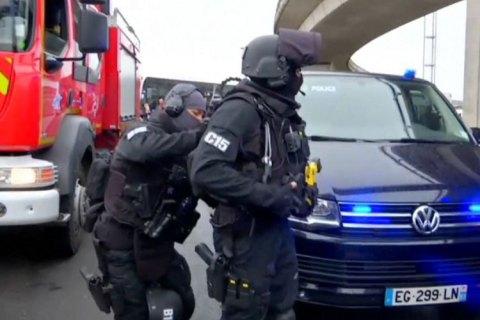 В Париже в ходе демонстраций против результатов выборов задержали 143 человека