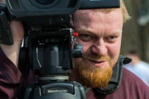 Подозреваемому в нападении на харьковского телеоператора продлили домашний арест