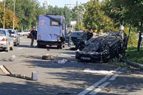 В Донецке из-за тройного ДТП с маршруткой погибли дети