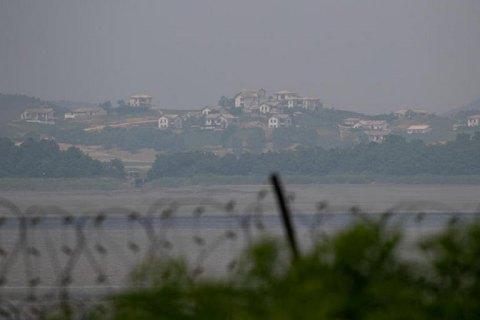 КНДР взорвала штаб связи с Южной Кореей
