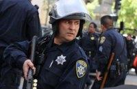 В США привели полицию в повышенную боеготовность из-за нападений на офицеров