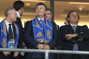 Янукович відвідає матч Україна - Франція