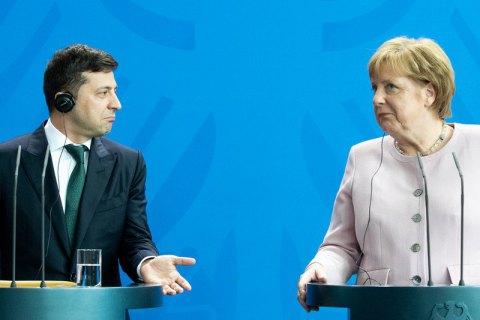 Зеленський скоординував з Меркель зусилля задля встановлення миру на Донбасі (оновлено)