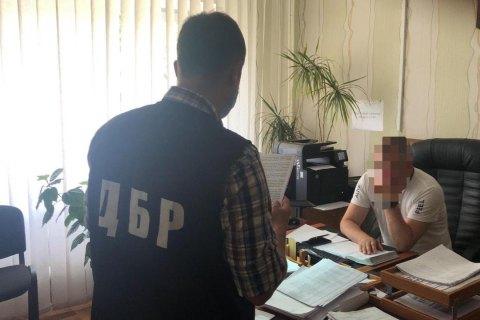 Експрикордоннику оголосили підозру в незаконному пропуску Порошенка на Мальдіви