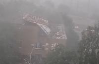 У Первомайську під час бурі зірвало дах суду