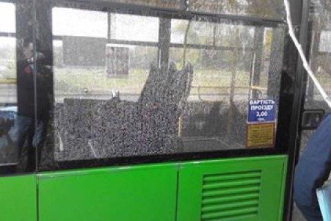 УХаркові невідомий зрешетив тролейбус