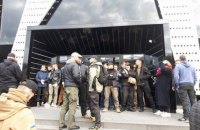У Львові після протесту активістів скасували концерт Сергія Бабкіна
