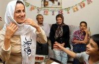 Іранську правозахисницю засудили до 10 років в'язниці та 148 ударів батогом