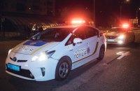 В Киеве патрульные применили оружие при задержании водителя, который протаранил полицейский автомобиль