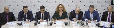 https://lb.ua/news/2020/02/18/450197_translyatsiya_kruglogo_stola.html