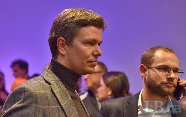 Леонид Емец (слева)