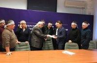 Гірники трьох шахт припинили голодування в Міненерго