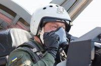 Порошенко совершил полет на истребителе (обновлено)