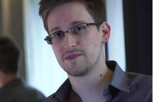 У Сноудена есть секретные данные