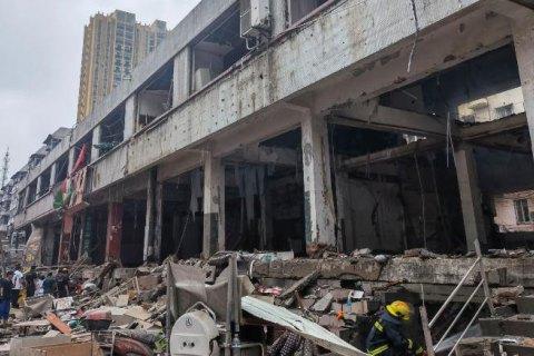 В Китае после масштабного взрыва газа погибли по меньшей мере 12 человек