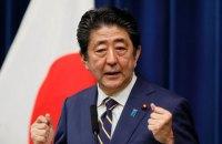 """Прем'єр-міністр Японії хоче """"відверто поговорити"""" з Кім Чен Ином"""