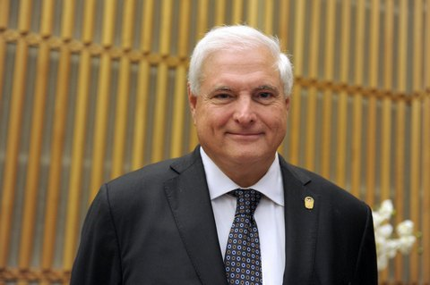 Панама видала ордер на арешт колишнього президента