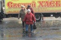 Улицу в Луганске залило нечистотами
