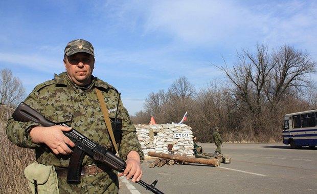 Блокпост боесиков на дороге из Донецка в Горловку