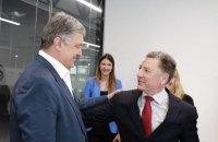 Порошенко обсудил с Волкером вопрос предоставления Украине статуса союзника США вне НАТО