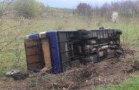 У Волинській області в ДТП з рейсовим автобусом три людини загинули, 16 постраждали