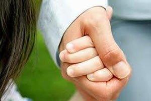 Чиновница, замешанная в махинациях с усыновлениями, уволилась по собственному желанию