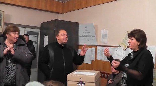 Кандидат Василий Грицак на на ОИК №179