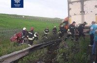 """На трасі """"Київ - Чоп"""" біля Рівного через ДТП загинуло четверо людей"""