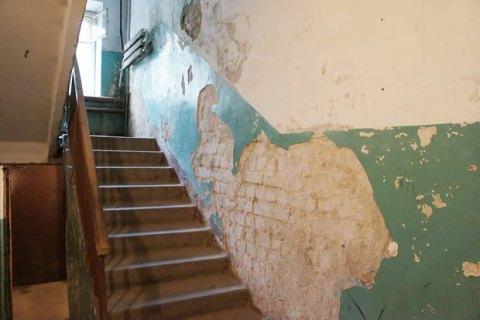 Влада Києва організує рейди з прибирання у дворах і під'їздах будинків