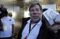 Сооснователь Apple стал жертвой мошенничества с биткоинами