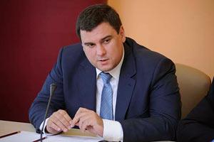 Новый разрешительный центр в Киеве обслуживает более 800 человек в день