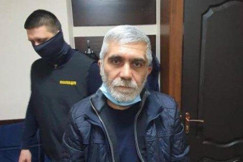 """В Кривом Роге задержали криминального авторитета по прозвищу """"Дед"""", который сбежал из-под суда"""