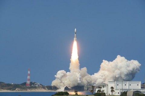 """Європейська ракета """"Вега"""" з українським двигуном успішно вивела на орбіту італійський супутник"""