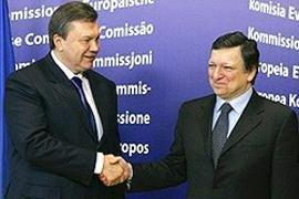 В понедельник к Януковичу приедет Баррозу