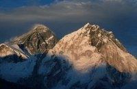 Чотирьох українських альпіністів евакуювали з вершини у Гімалаях, - МЗС