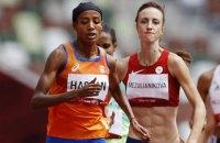 Легкоатлетка з Нідерландів упала під час забігу на 1500 м - і все одно перемогла