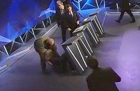 Денисова упала в обморок в прямом эфире телепередачи