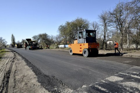 """""""Укравтодор"""" намерен отремонтировать 6,8 тыс. км дорог в 2021-м"""