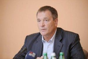Колесниченко не помнит причин иска против писателя