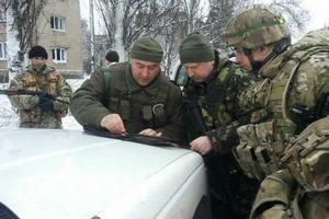 Турчинов лично координирует действия военных под Мариуполем