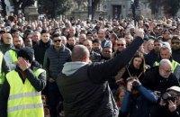 Тысячи таксистов Мадрида и Барселоны бастуют против сервиса Uber